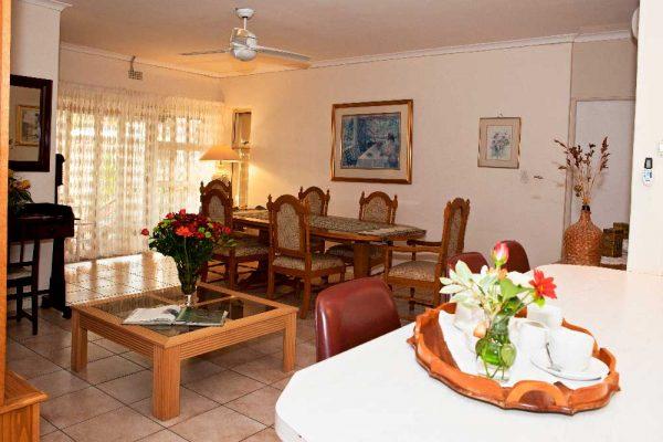 Kitchen_Dining_Lounge-_03
