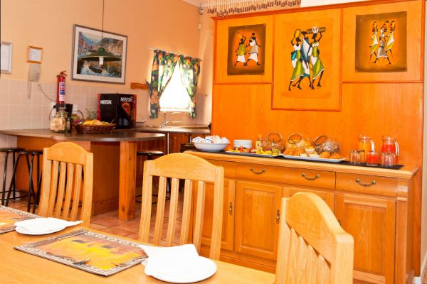 Kitchen_Dining_Lounge-_08